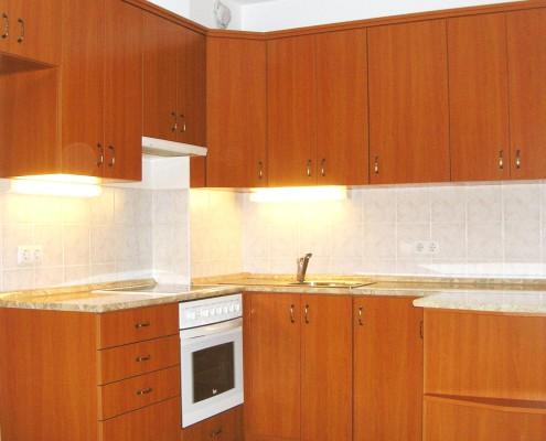 lakótelepi konyha - asztalosmunka - készítése Budapesten