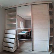 beépített szekrény fiókkal