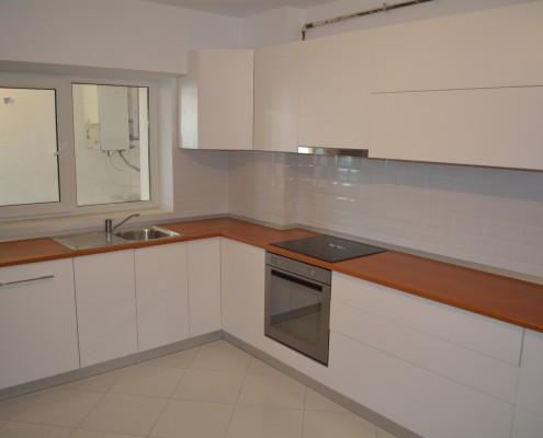 Egyedi konyhabútor tervezése és kivitelezése rövid határidővel
