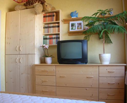 Egyedi szobabútor készítése, nappali bútorok, szekrénysorok